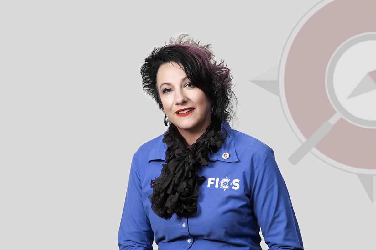 Lorraine Grobler FICS